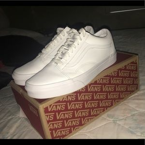 White Vans Old Skool (Leather)